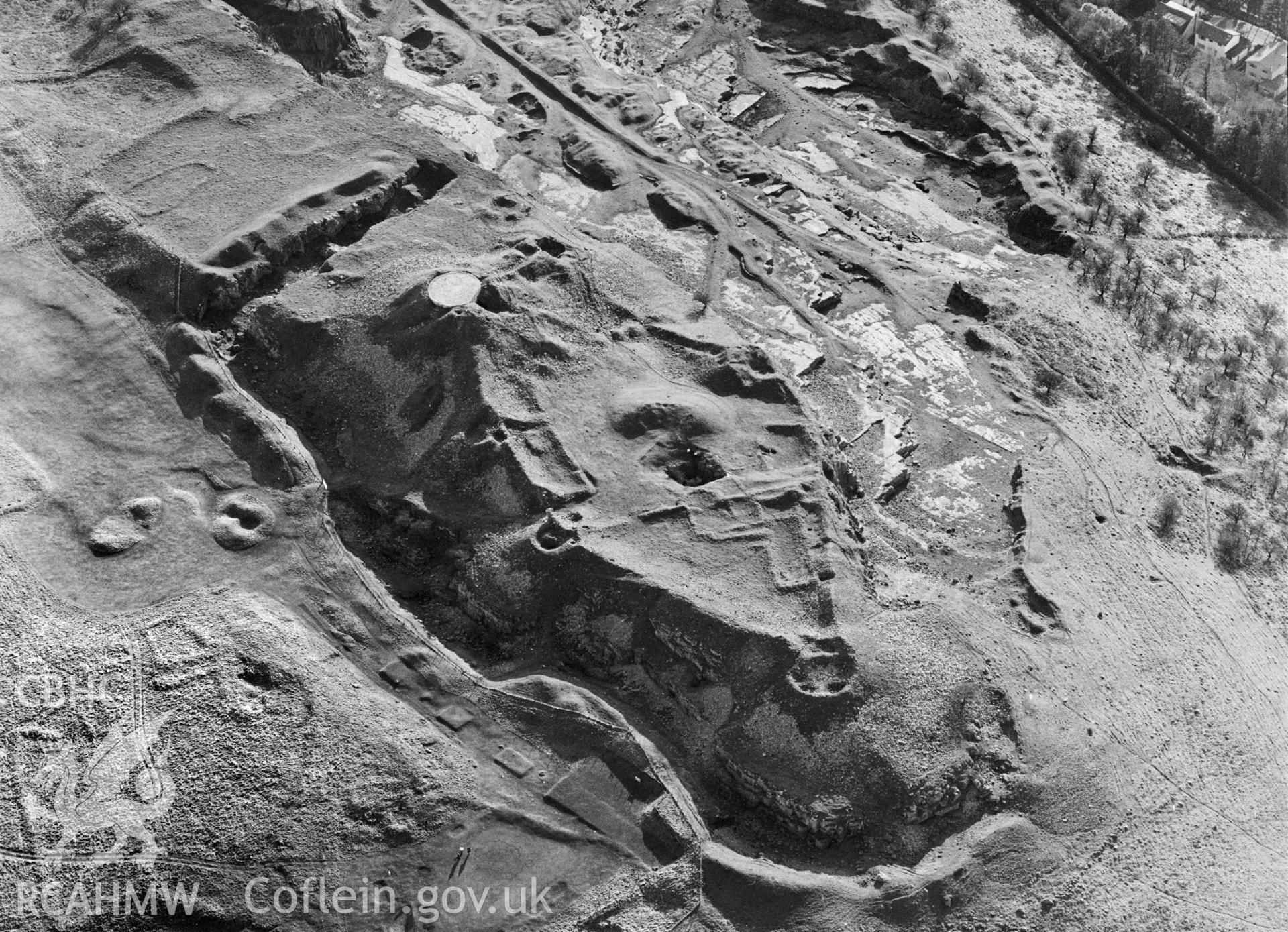 RCAHMW Black and white oblique aerial photograph of Morlais Castle, Merthyr Tydfil, taken on 31/01/1992 by CR Musson
