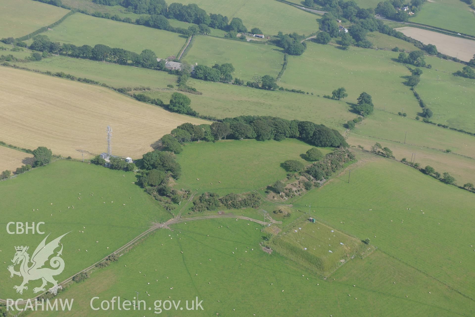 Hen Gaer hillfort, east of Bow Street, Aberystwyth. Oblique aerial photograph taken during the Royal Commission?s programme of archaeological aerial reconnaissance by Toby Driver on 12th July 2013.
