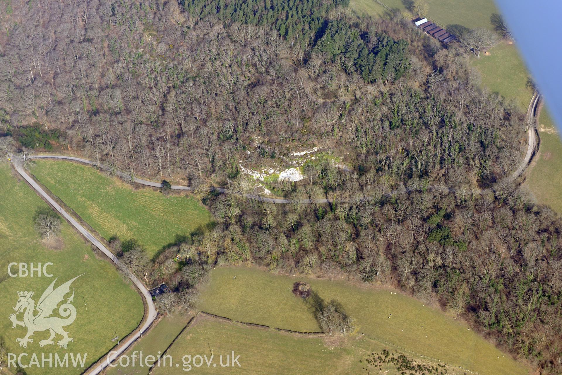 Bont-Newydd cave, Bont-newydd, north west of Denbigh. Oblique aerial photograph taken during the Royal Commission?s programme of archaeological aerial reconnaissance by Toby Driver on 28th February 2013.