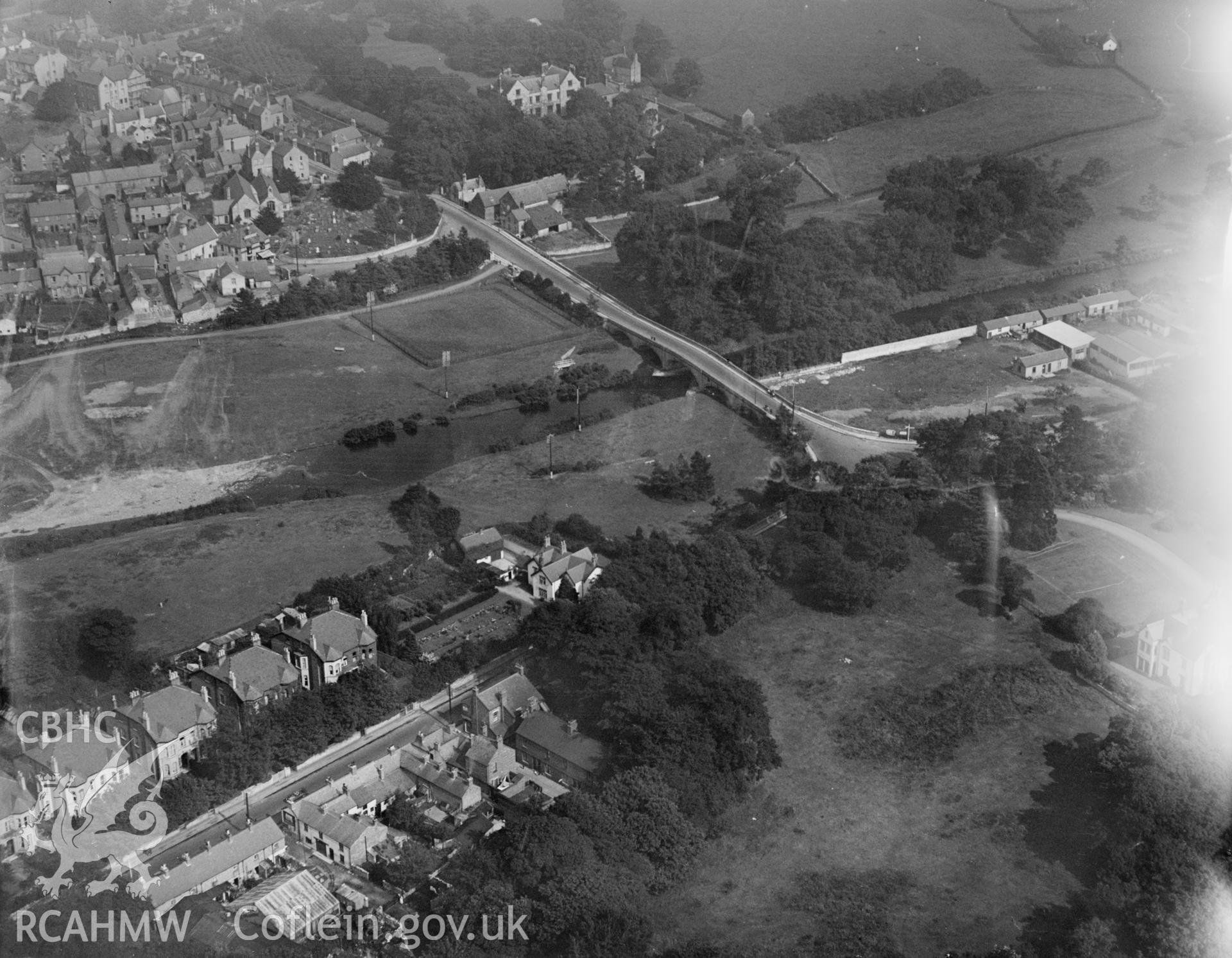 St. Asaph, bridge over river, oblique aerial view. 5?x4? black and white glass plate negative.