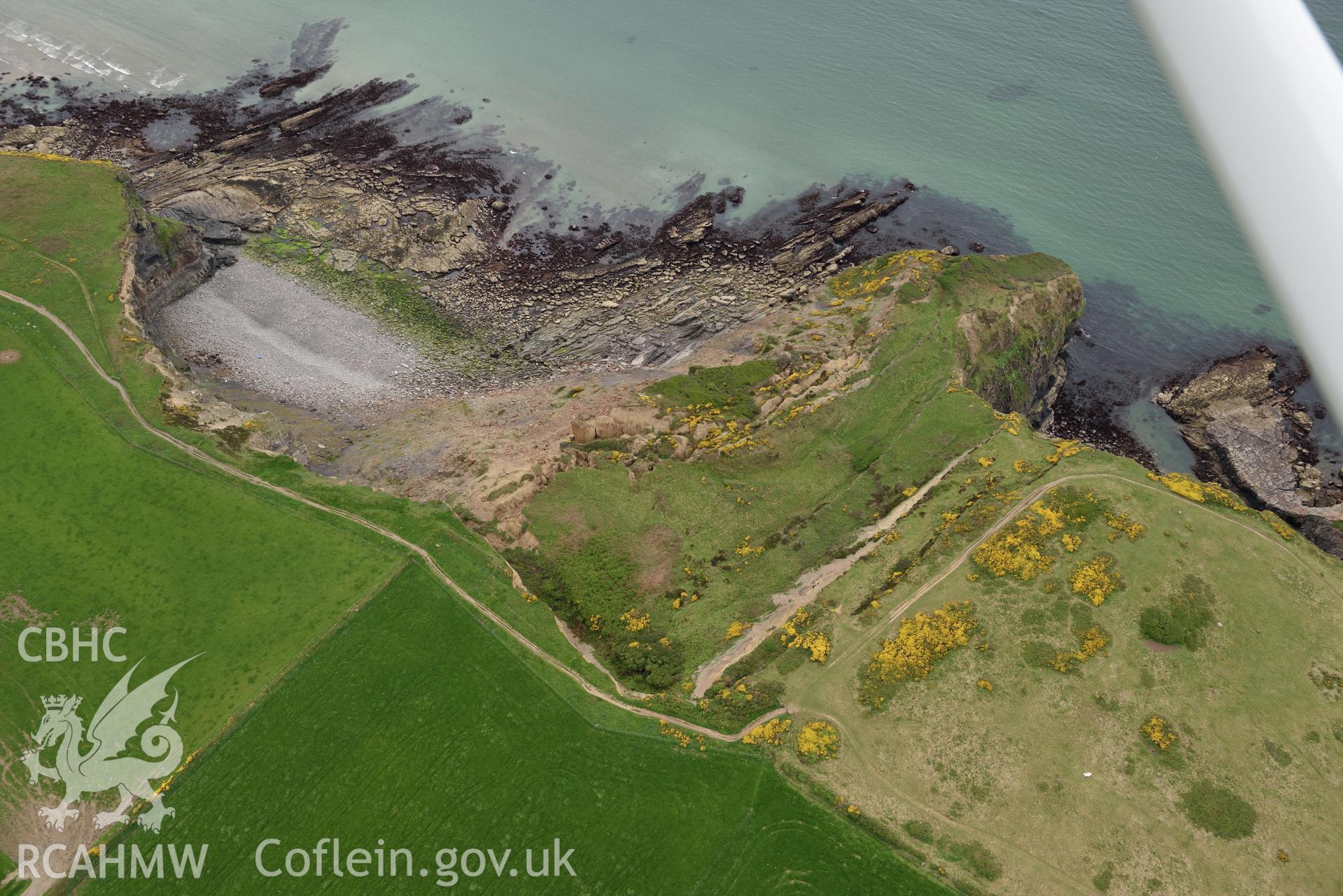 Black Point Rath coastal promontory fort. Baseline aerial reconnaissance survey for the CHERISH Project. ? Crown: CHERISH PROJECT 2017. Produced with EU funds through the Ireland Wales Co-operation Programme 2014-2020. All material made freely available through the Open Government Licence.