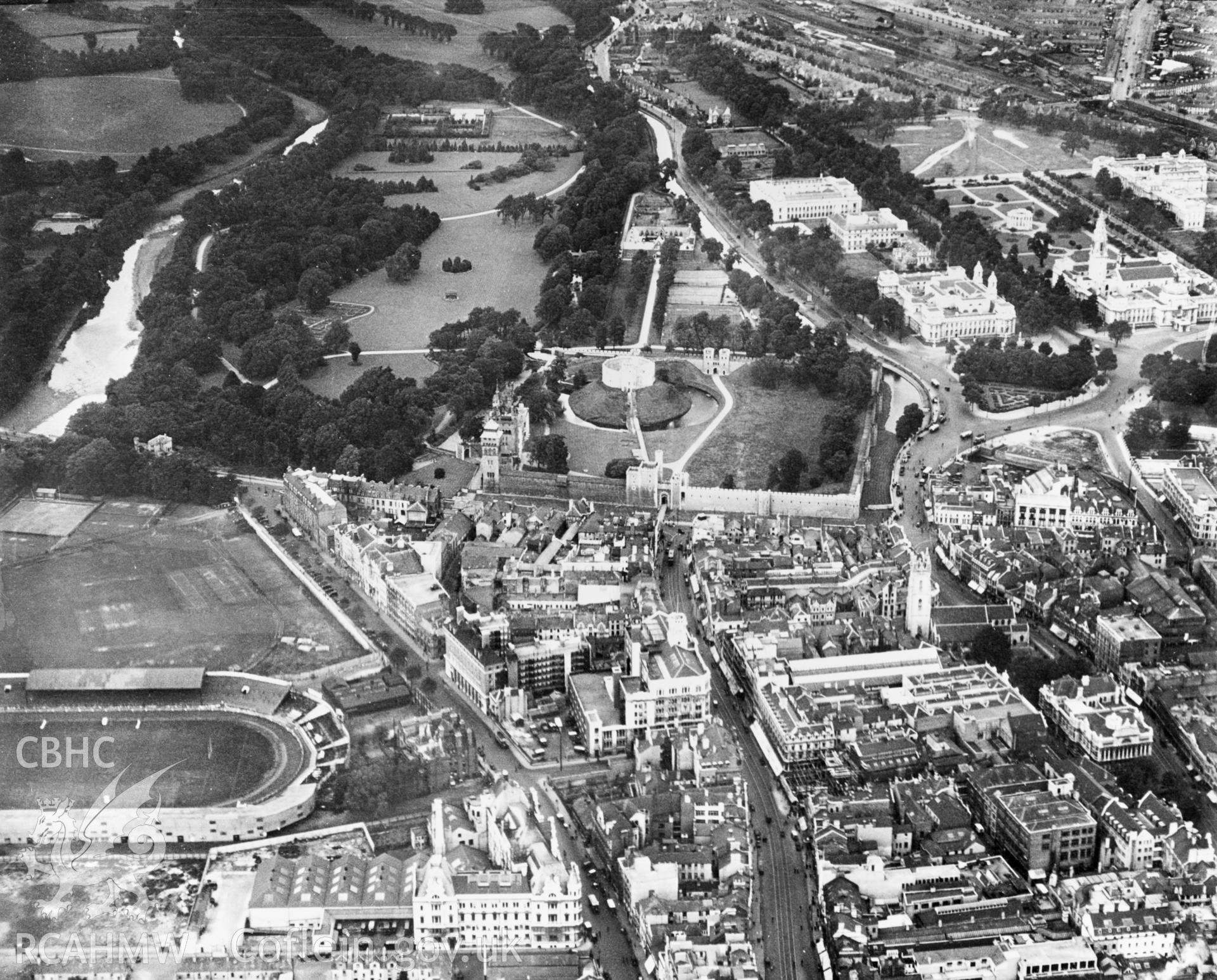 View of Cardiff showing castle, Bute Park and Cardiff Arms Park. Oblique aerial photograph, 5?x4? BW glass plate.