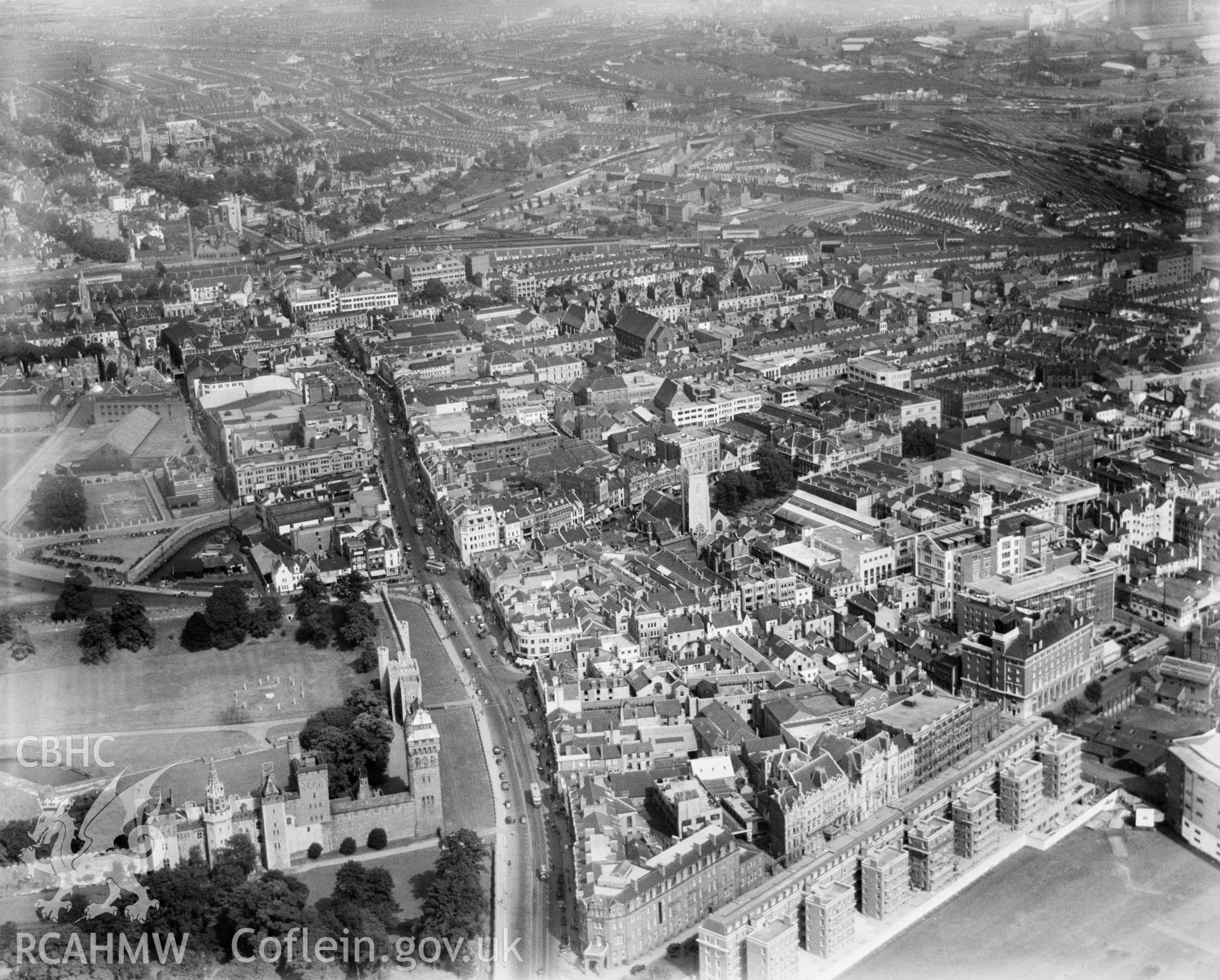 General view of central Cardiff, oblique aerial view. 5?x4? black and white glass plate negative.