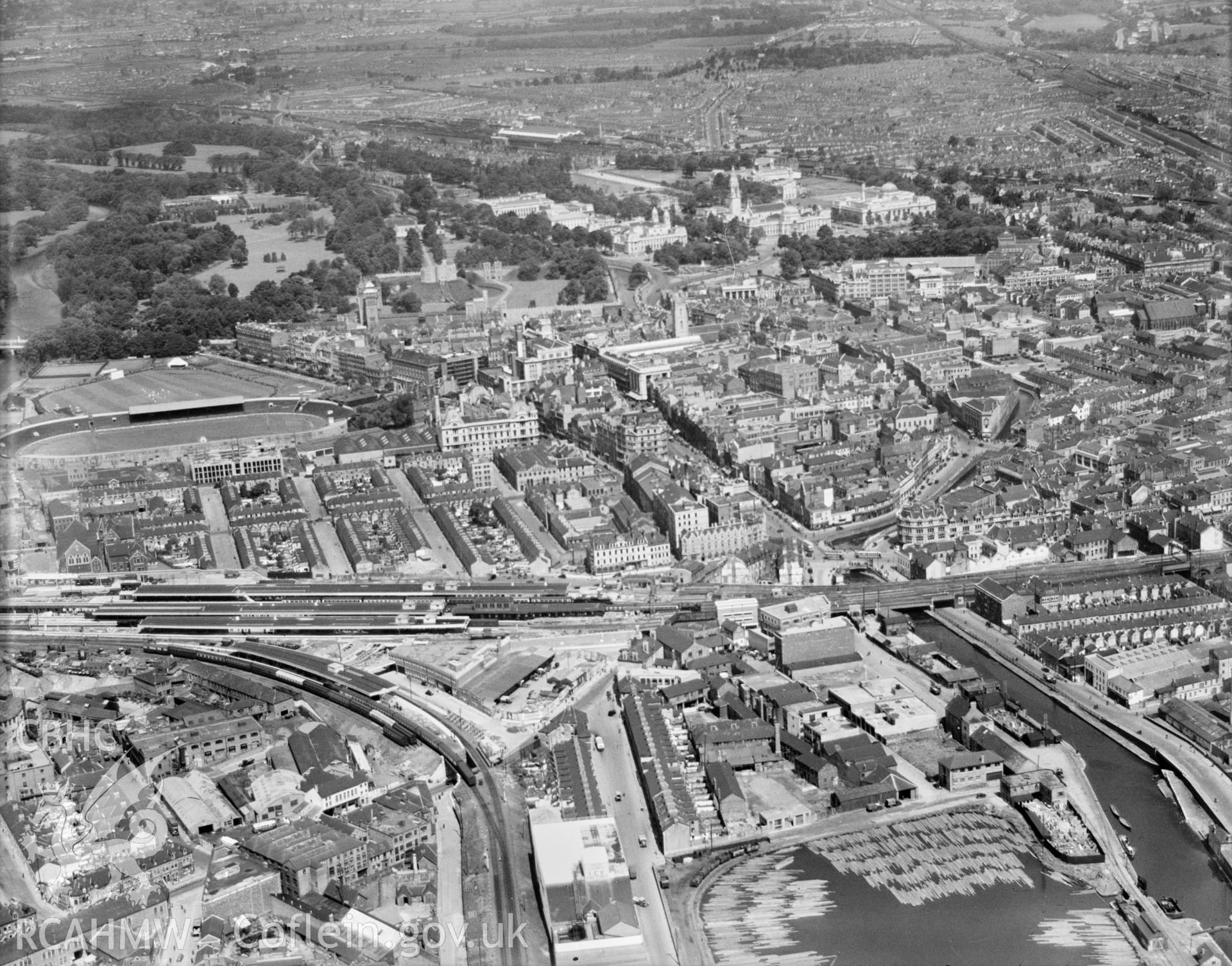 General view of Cardiff, oblique aerial view. 5?x4? black and white glass plate negative.