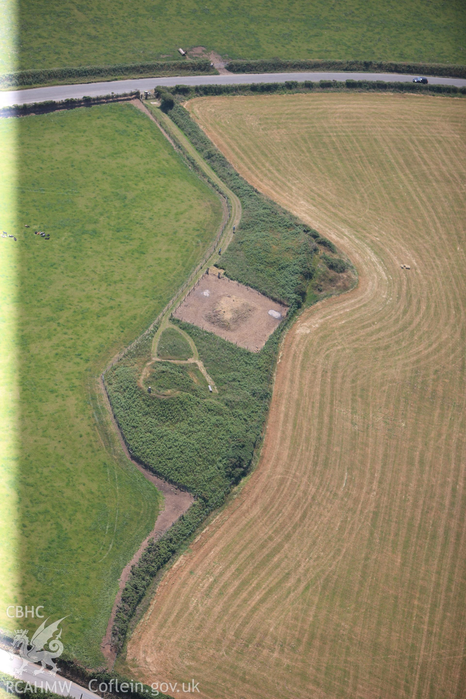 Crugiau Cemmaes barrows, south west of Cardigan. Oblique aerial photograph taken during the Royal Commission?s programme of archaeological aerial reconnaissance by Toby Driver on 12th July 2013.