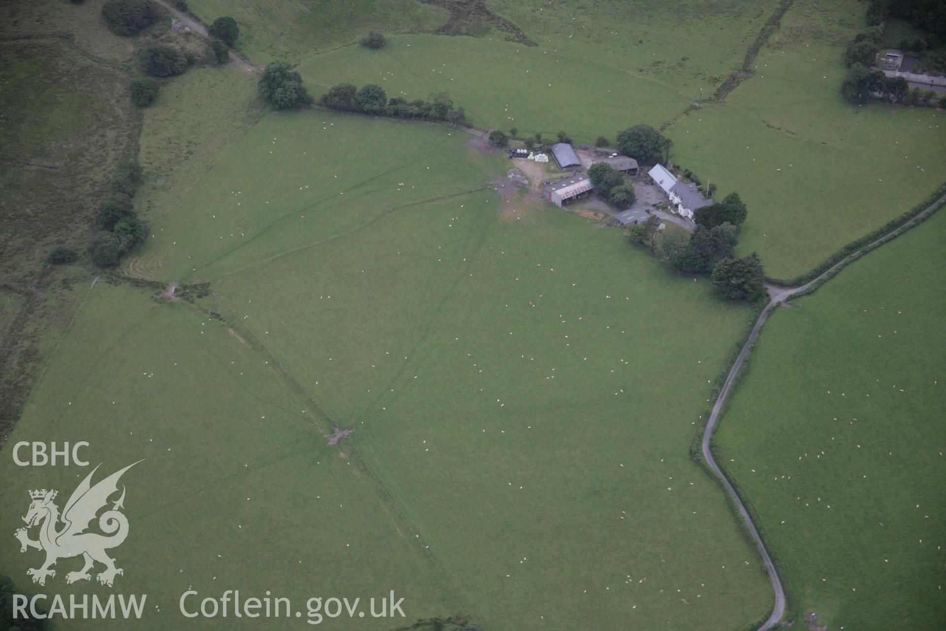 RCAHMW digital colour oblique photograph of Cefn Gaer Roman Fort. Taken on 18/07/2005 by T.G. Driver.