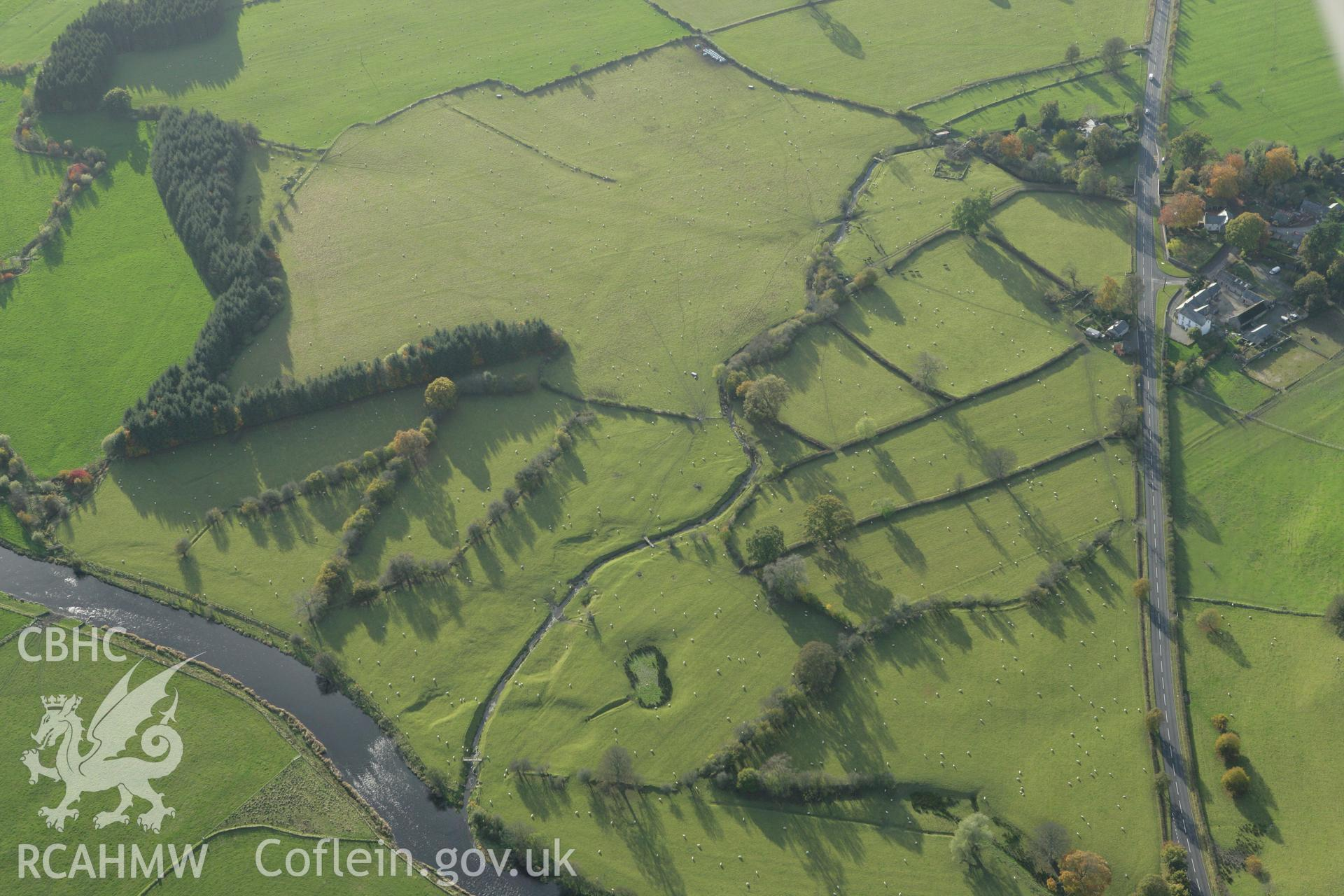 RCAHMW colour oblique photograph of Llanfor Roman fort (site of),. Taken by Toby Driver on 30/10/2007.